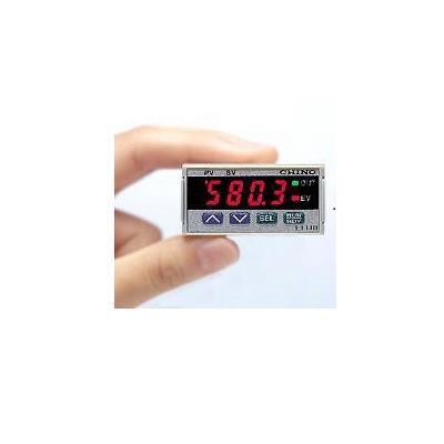 小形デジタル指示調節計 シリーズLT110